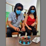 राजेश हमालले धरहराको टुप्पोमा काटे जन्मदिनको केक !